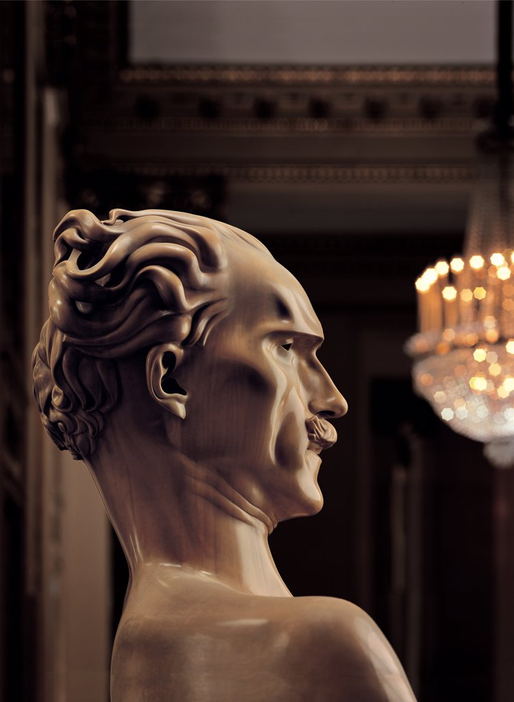 Views of the Teatro alla Scala, Milan, after its restoration in 2004, by Piermarini Giuseppe, 2004, 21st Century, . Italy: Lombardy: Milan: Teatro alla Scala. Detail. Box foyer statue bust face Arturo Toscanini : Stock Photo