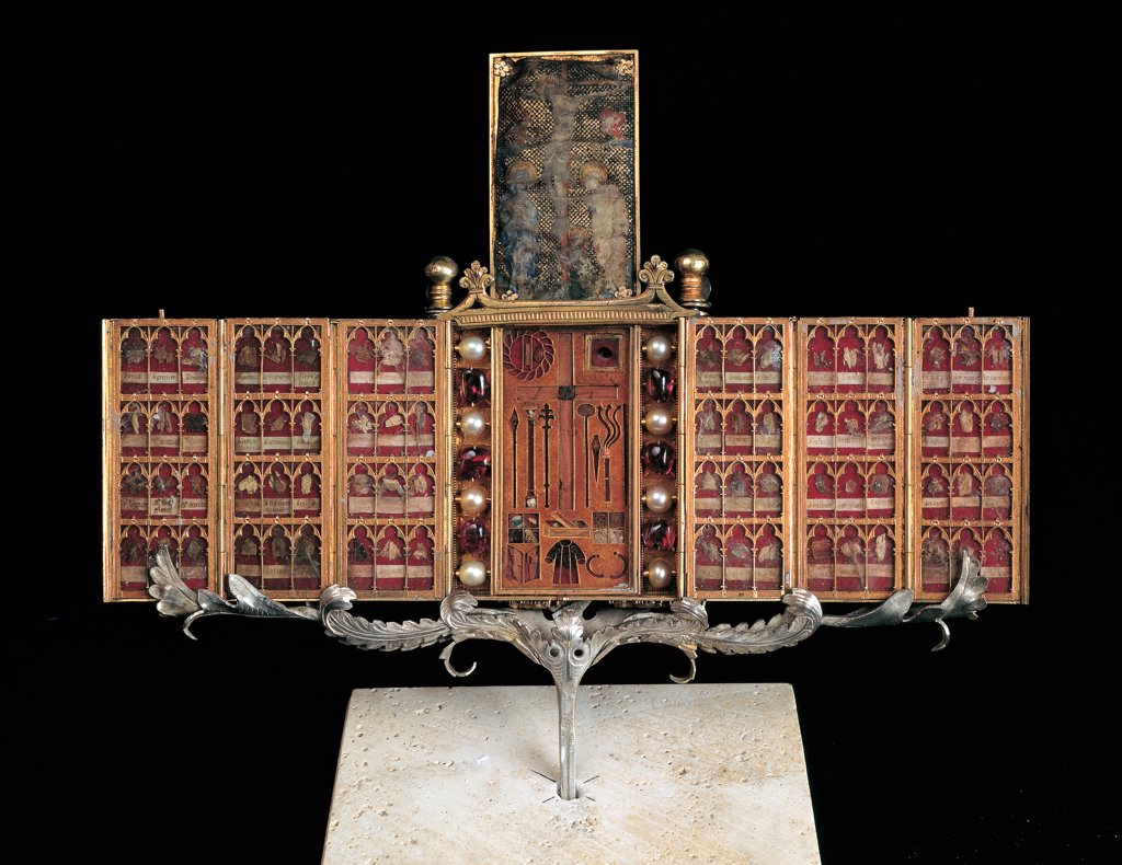 Stock Photo: 1899-44981 Reliquary of the Libretto, by Paolo di Giovanni Sogliani, 1371, 14th Century, gold, pearls, rubies, balas, painted parchment. Italy: Tuscany: Florence: Opera di Santa Maria del Fiore Museum. Whole artwork. Reliquary red gold silver case background black booklet
