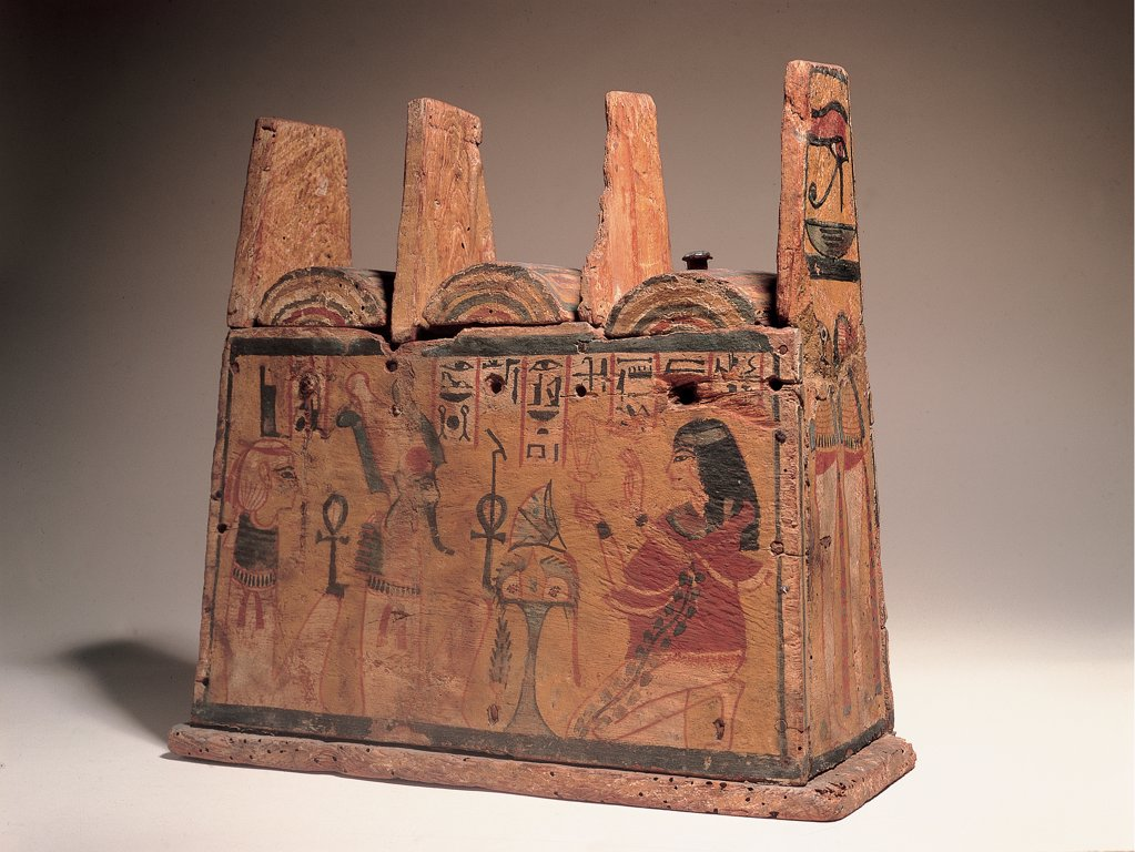 Box for ushabtis, by Unknown artist, 1500 - 1200,, stuccoed and painted wood. Italy: Campania: Naples: National Archaeological Museum. Whole artwork. Casket ushabty box lid deceased woman Isis Osiris red ocher : Stock Photo