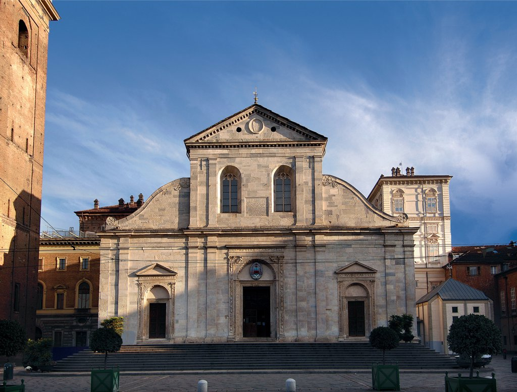 Cathedral of San Giovanni Battista, Turin, by Meo del Caprino, 1491 - 1498, 15th Century, . Italy: Piemonte: Turin: San Giovanni Battista Cathedral. Whole artwork. Facade cornice frieze pilaster-strips/antas doorways Renaissance Classicism inscription donor : Stock Photo
