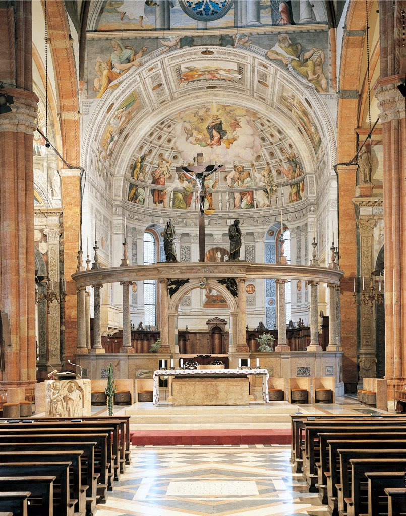 Stock Photo: 1899-46757 The choir with the choir-screen of the Duomo of Verona, by Sanmicheli Michele, 16th Century, . Italy: Veneto: Verona: Duomo. View from the exterior of the choir-screen choir Verona Cathedral apse crucifix frescoes Assumption Coronation Virgin altar benches