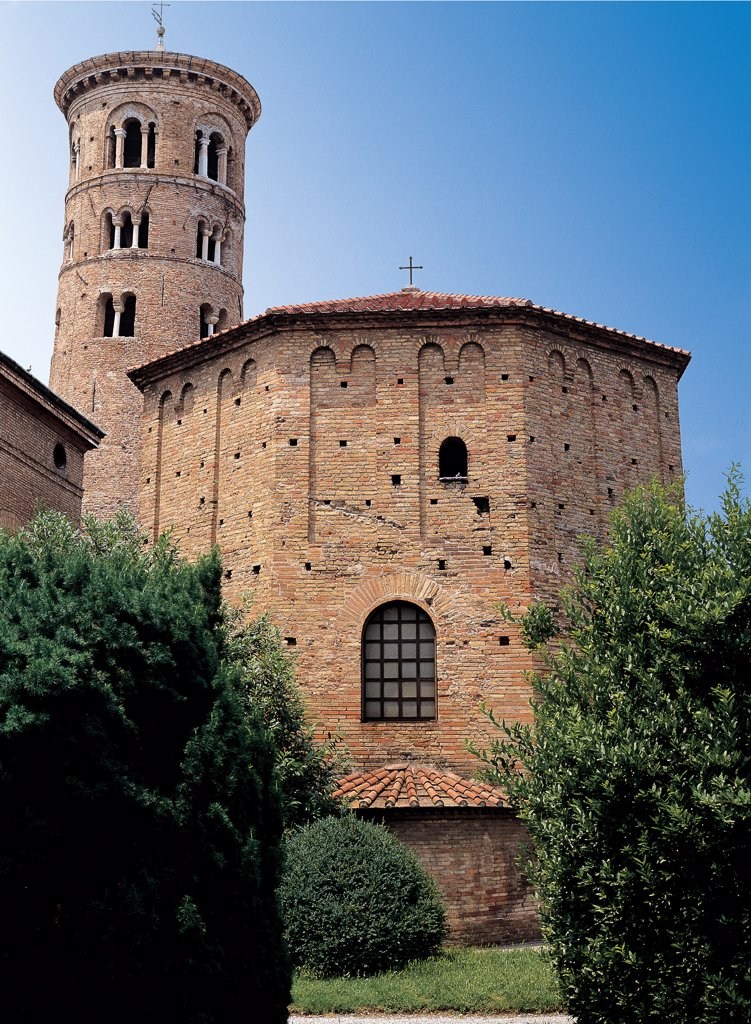 Baptistery of the Ortodossi (Neonian Baptistery), by Unknown artist, 5th Century, . Italy: Emilia Romagna: Ravenna: Neonian Baptistery. Baptistery exterior bell-tower bricks two-light windows three-light windows blind arches : Stock Photo
