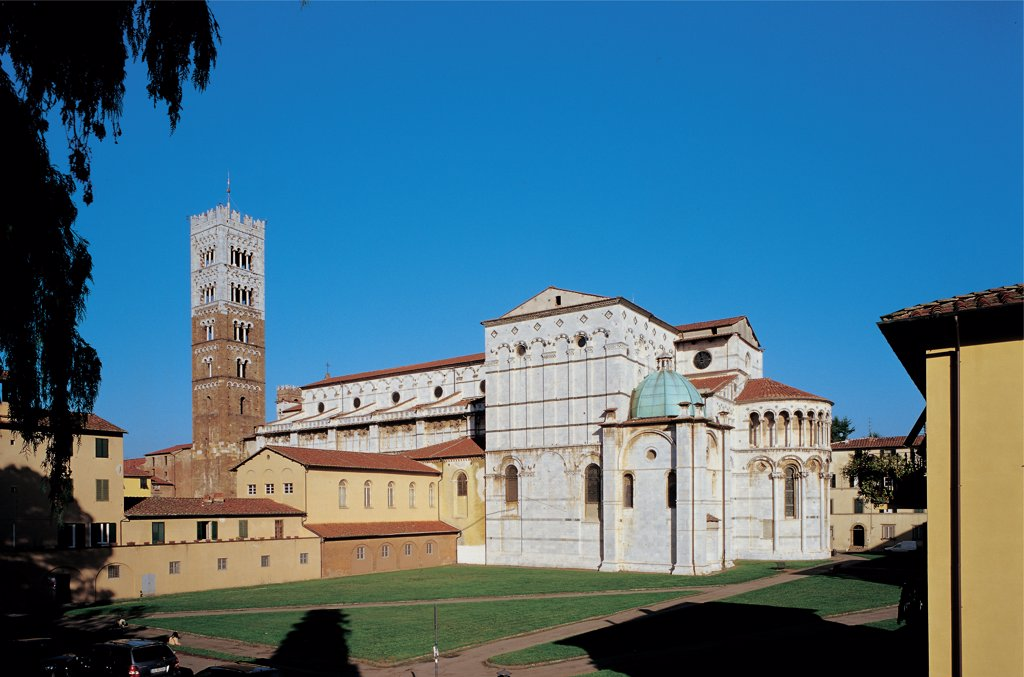 Stock Photo: 1899-47068 San Martino, by Unknown artist, 1060, 11th Century, . Italy: Tuscany: Lucca: San Martino cathedral: Duomo. Detail. Side. San Martino Cathedral Lucca bell-tower two-color marble brick small blind arches transept apse loggia small columns pillars columns oculi