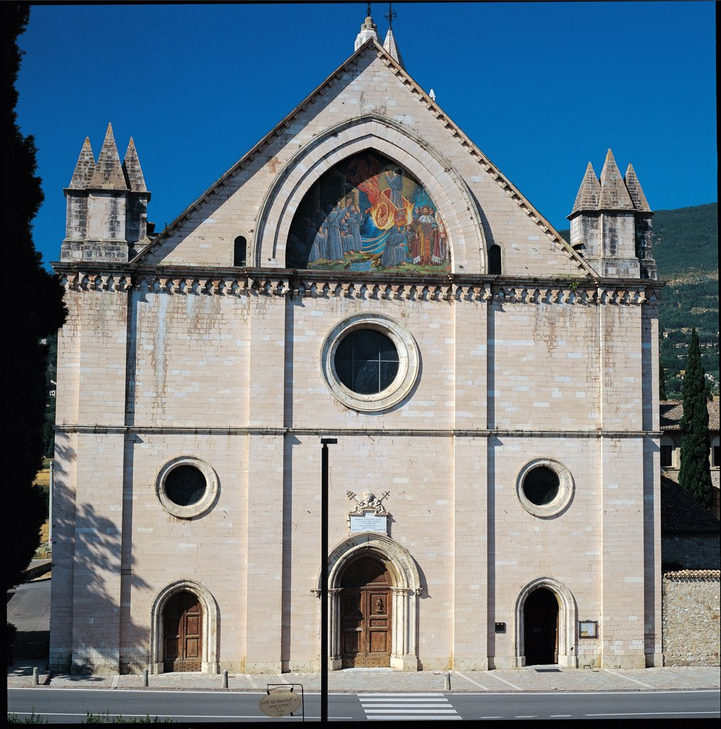 Sanctuary of Rivotorto, by Tini fra'Bernardo, 1854, 19th Century, . Italy: Umbria: Perugia: Rivotorto Sanctuary. Front view facade pilaster strips pointed arch doorway entrance pediment oculus : Stock Photo