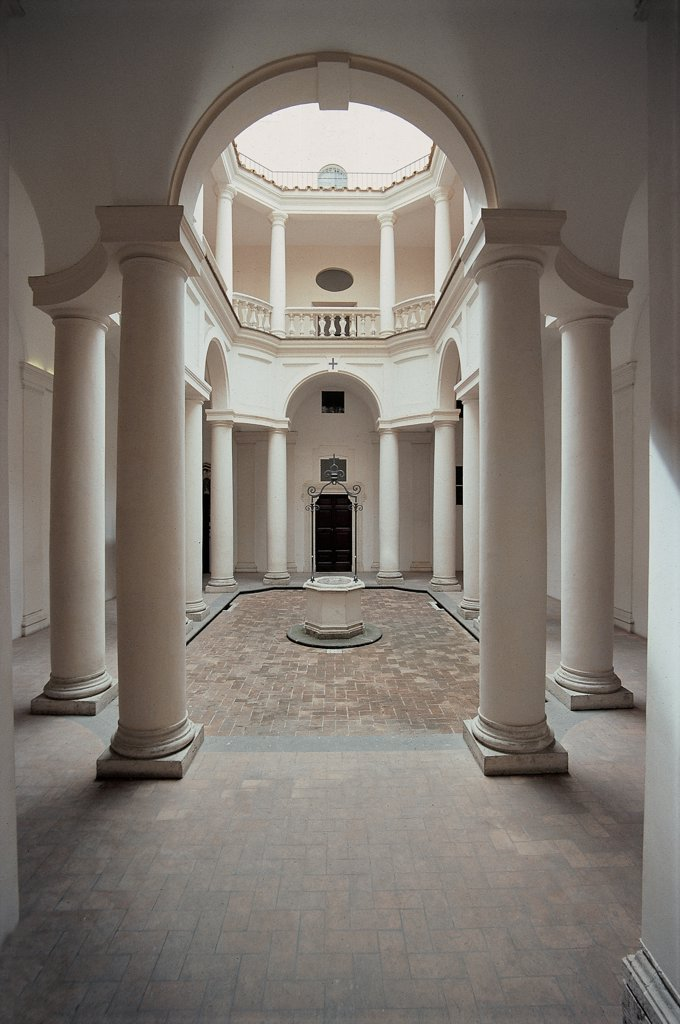 Stock Photo: 1899-47437 Church of San Carlo alle Quattro Fontane, by Castelli Francesco known as Borromini, 1665 - 1667, 17th Century, Unknow. Italy, Lazio, Rome, San Carlo alle Quattro Fontane Church. View cloister elongated octagonal plan lower order twin Doric columns connected by continuous cornice pattern evident also in the upper order.