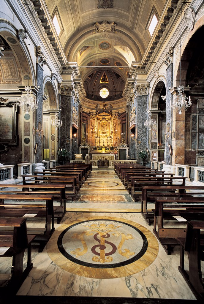Stock Photo: 1899-47495 Church of Santa Maria in Via, by Della Porta Giacomo, 16th Century, Unknow. Italy, Lazio, Rome, Santa Maria in Via Church. Whole artwork. Nave floors walls polychrome marble Corinthian half-columns pilaster strips notched cornice: frame barrel-vaulting presbytery divided from nave by balustrade saepta altar with niche and statue of Madonna Virgin Ma.