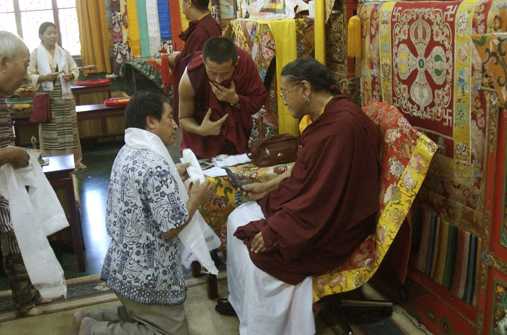 Stock Photo: 1899-50423 India, Tibetan Buddhist Monks, Vajrakilaya Ceremony Sakya Trizin Monastary. His Holiness Sakya Trizin, Giving Blessing