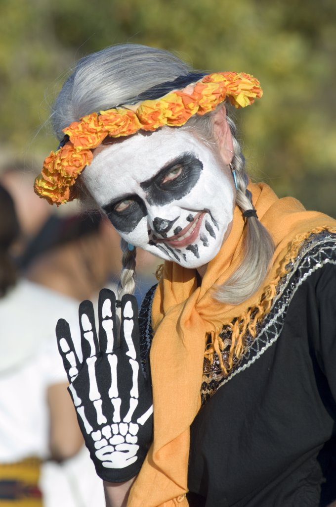 Day Of The Dead Parade In Albuquerque, New Mexico. Dia De Los Muertos : Stock Photo