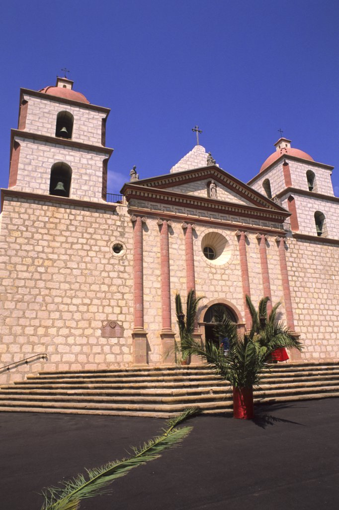 Stock Photo: 1899-51686 California, Santa Barbara Mission