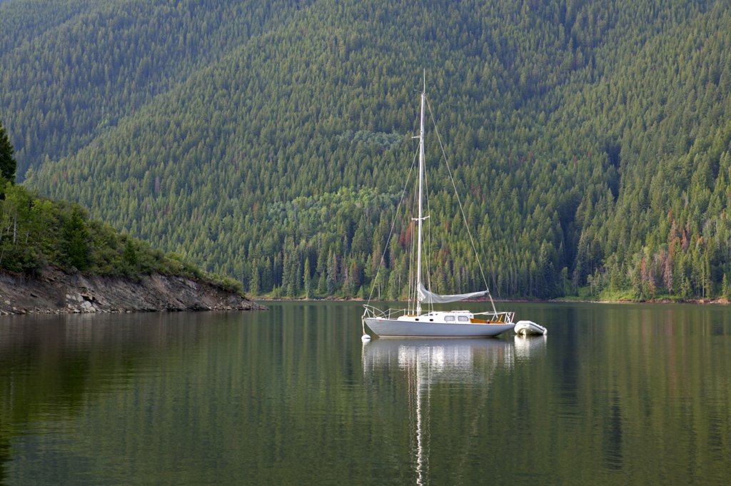Colorado, Reudi Reservoir, Near Basalt. Pearson Triton Sailboat : Stock Photo