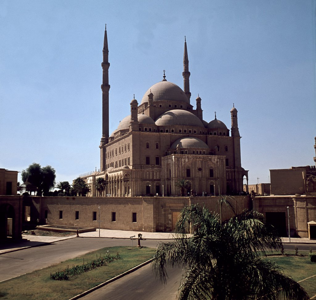 Stock Photo: 1899-64243 The Mohammed Ali Mosque (Mehmet Ali Pasa Camii), built by Yusuf Bushnak in memory of Tusun Pasha , Mohammed Ali's eldest son, Egypt. Islamic. Ottoman, 1830-1840. Citadel of Islamic Cairo.