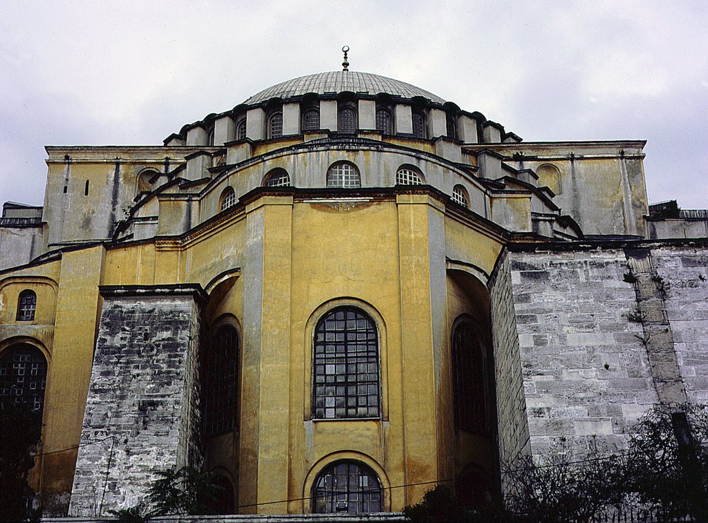 An exterior view from the east of Hagia Sophia, Istanbul which was built by Emperor Justinian, Turkey. Byzantine & Turkish additions. 6th century. Istanbul. : Stock Photo