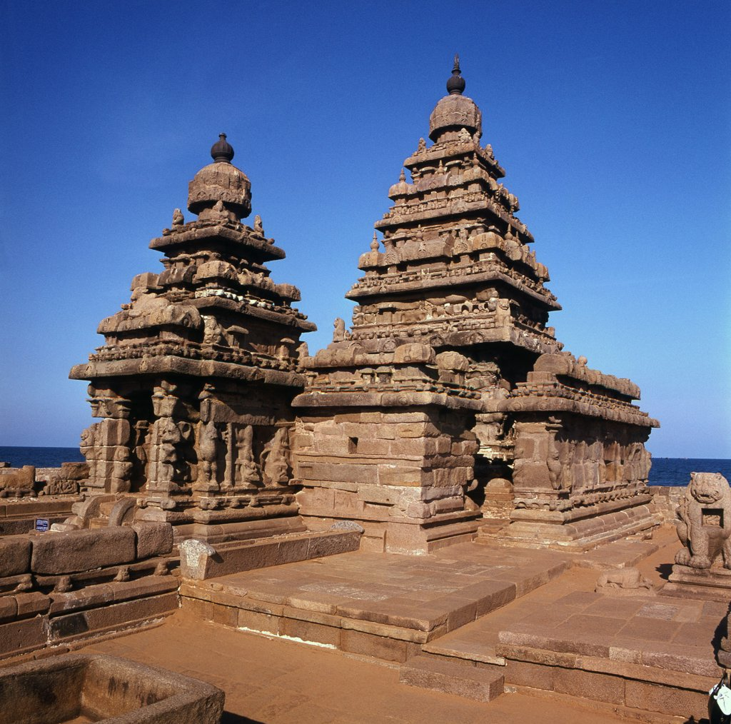 Stock Photo: 1899-64430 The Shore Temple at Mahabalipuram represents the final phase of Pallava art, built in the late 7th century during the reign of Rajasimha, The two spires are shrines dedicated to Vishnu and Shiva. India. Hindu. 7th/8th century.