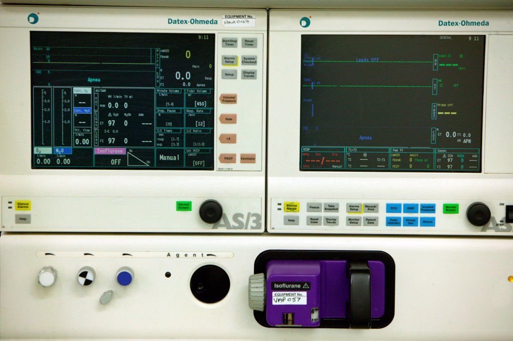 Stock Photo: 1899-64880 Ventilator monitor in intensive care unit. UK