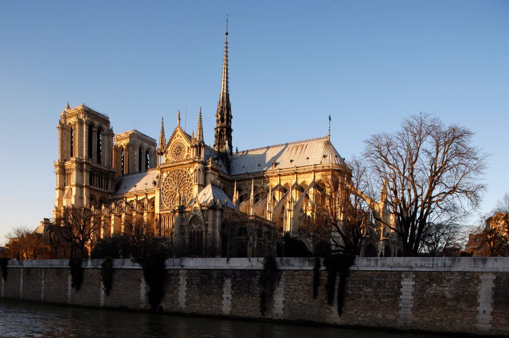 Stock Photo: 1899-67843 Notre Dame de Paris cathedral