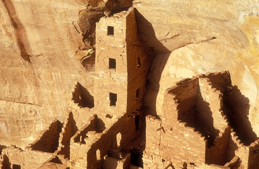 USA Colorado Mesa Verde National Park Square House Tower cliff dwellings of the Anasazi AD 1200 : Stock Photo