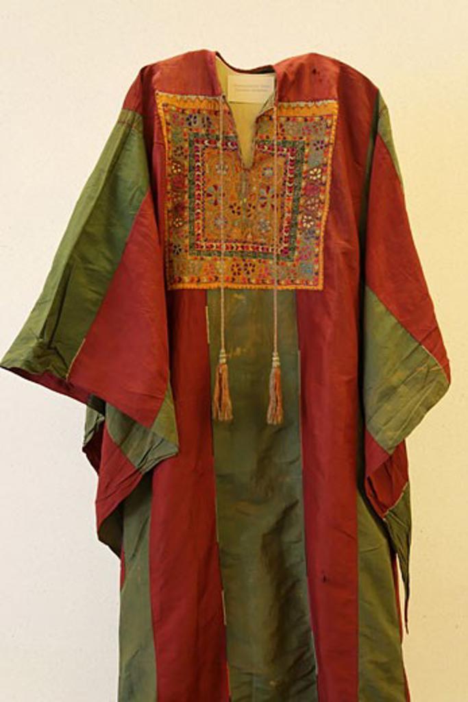 Stock Photo: 1904-2383 traditional embroidered Palestinian dress Jerusalem