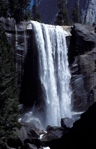 The Vernal falls in the Yosemite National Park seen  California USA : Stock Photo