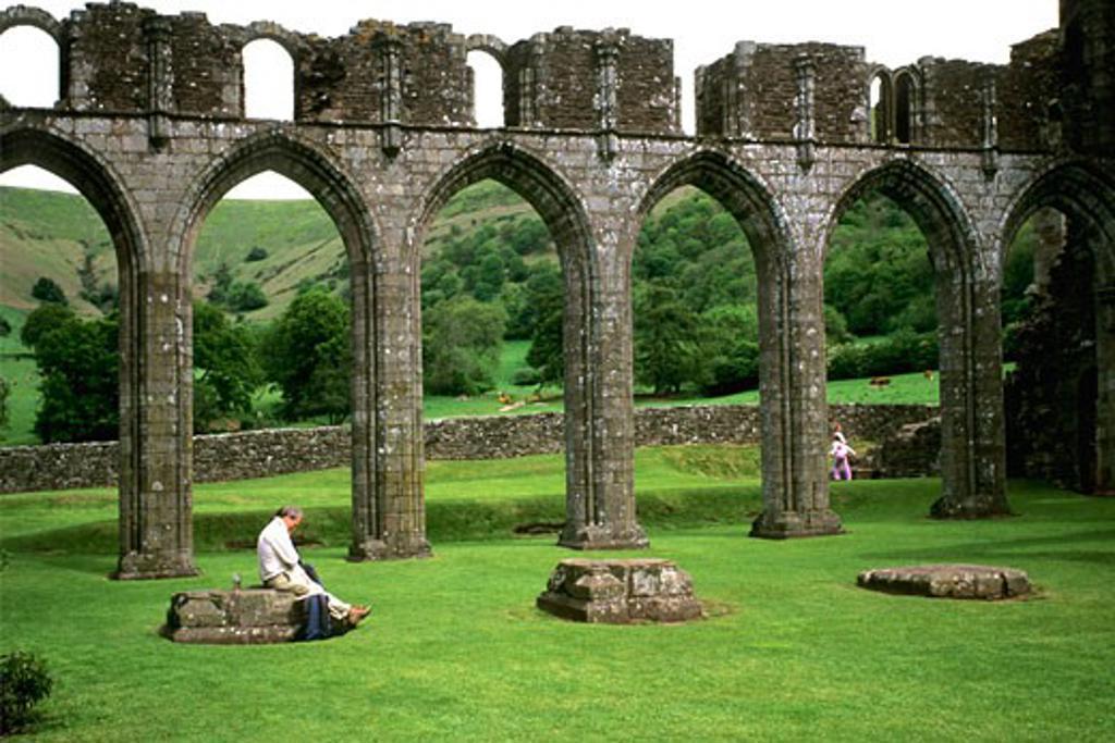 Stock Photo: 1909-2083 Llanthony Priory Llanthony Brecon Beacons Gwent Cymru Wales UK GB Europe EU