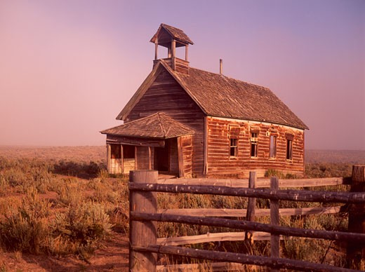 Abandoned ancient one-room Schoolhouse near Burns  Oregon : Stock Photo