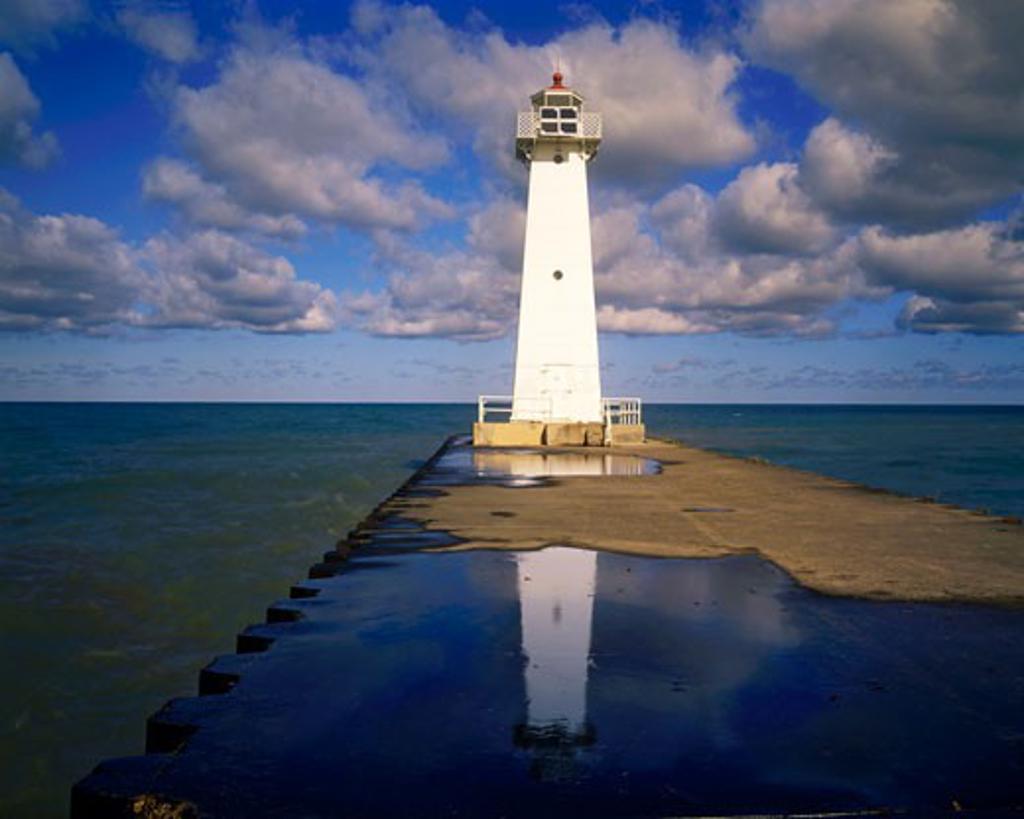 Pierhead Lighthouse  Lake Ontario  New York : Stock Photo