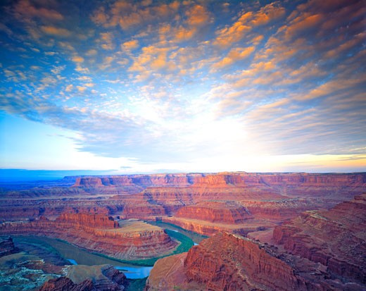 Stock Photo: 1912-1817 Dead Horse Point and Clouds  View of Canyonlands National Park  Colorado River  Dead Horse Point State Park  Utah