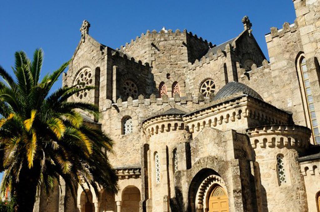 Stock Photo: 1916-6122 Spain, Galicia, Ourense, Carballino, Temple of La Vera Cruz