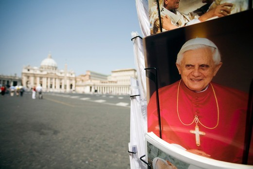 Stock Photo: 1916-7588 Vatican, Vatican city, close-up of postcards with image of popes Benedict XVI and John Paul II