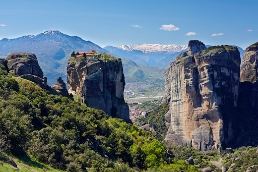 Stock Photo: 1916-7910 Greece, Meteora, Kastraki, Holy Monastery of Agia Triada (Holy Trinity) built on top of sandstone rock pillars