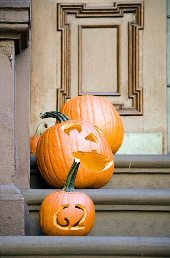 Stock Photo: 1925-1311 Halloween pumpkins  Greenwich Village  USA