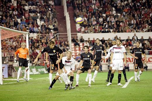 Head clearance by Joaquin Taken at Sanchez Pizjuan stadium Sevilla  Spain on 18 November 2006 during the Spanish Liga game between Sevilla FC and Valencia CF : Stock Photo