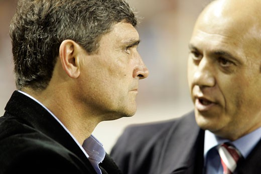 Stock Photo: 1925-1634 Juande Ramos left  coach  and Del Nido right  chairman of Sevilla FC Taken at Sanchez Pizjuan stadium Seville  Spain  on 1 February 2007  during the local derby between Sevilla FC and Real Betis