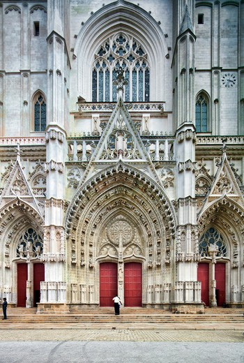 Stock Photo: 1925-2175 Facade of a cathedral, Nantes Cathedral, Nantes, Pays-De-La-Loire, France
