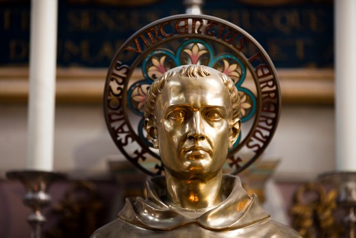 Bust of Saint Vincent Ferrer in Vannes Cathedral, Vannes, Morbihan, Brittany, France : Stock Photo