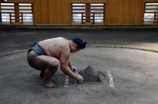 Japan, Tokyo, Ryogoku, Preparations before training at Sumo stable : Stock Photo