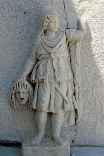 Greek muses MELPOMENE Sculpture with a theatral mask AFRODISIA DE CARIA Museum Turkey : Stock Photo