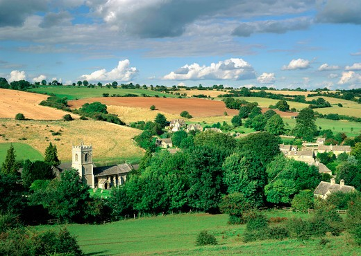 UK, England, Gloucestershire, Cotswolds, View of Naunton : Stock Photo