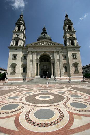 Budapest, St Stephen's Basilica : Stock Photo