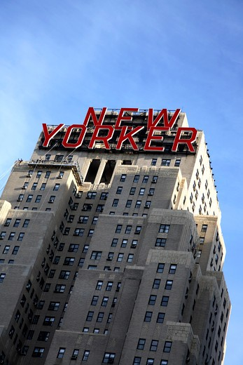 New Yorker Hotel In Midtown Manhattan : Stock Photo