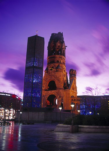 Berlin, Kaiser Wilhelm's Memorial Church : Stock Photo