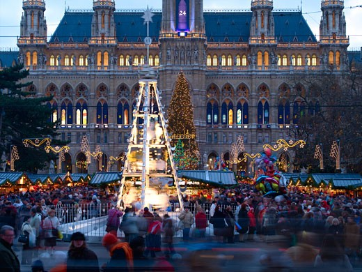 Vienna, Rathaus & Xmas Market 2005 : Stock Photo