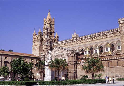 Palermo Cathedral, Daytime View : Stock Photo