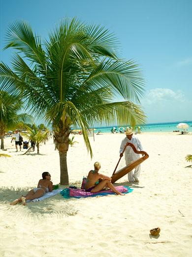 Isla Mujeres, Beach Entertainment : Stock Photo