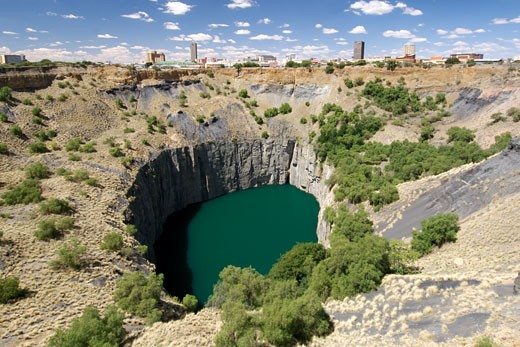 The Big Hole. Also Known As The Kimberley Mine, It Was Created During The Diamond Rush Of The Mid-119th Century : Stock Photo