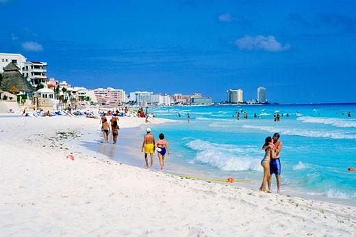 Cancun Beach, Caribbean Coast. : Stock Photo