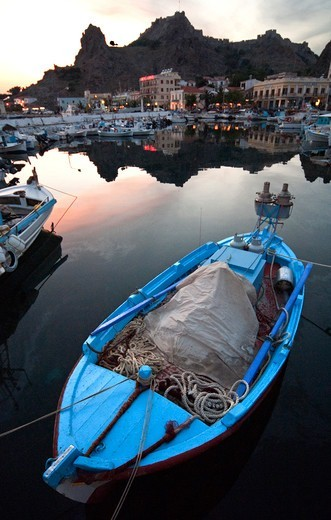 Greece, Aegean Sea, Limnos, Boats in harbor : Stock Photo