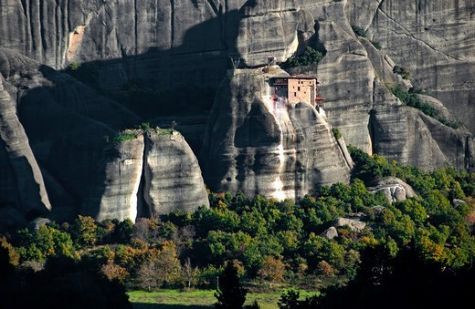 Stock Photo: 196-2424 Greece, Thessalia, Kalambaka, Monastery on edge of rock