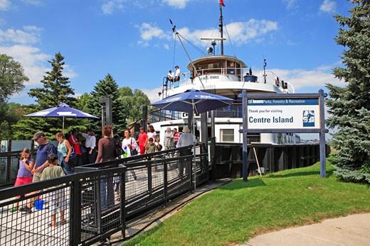 Toronto,  Centre Island, Ferry : Stock Photo
