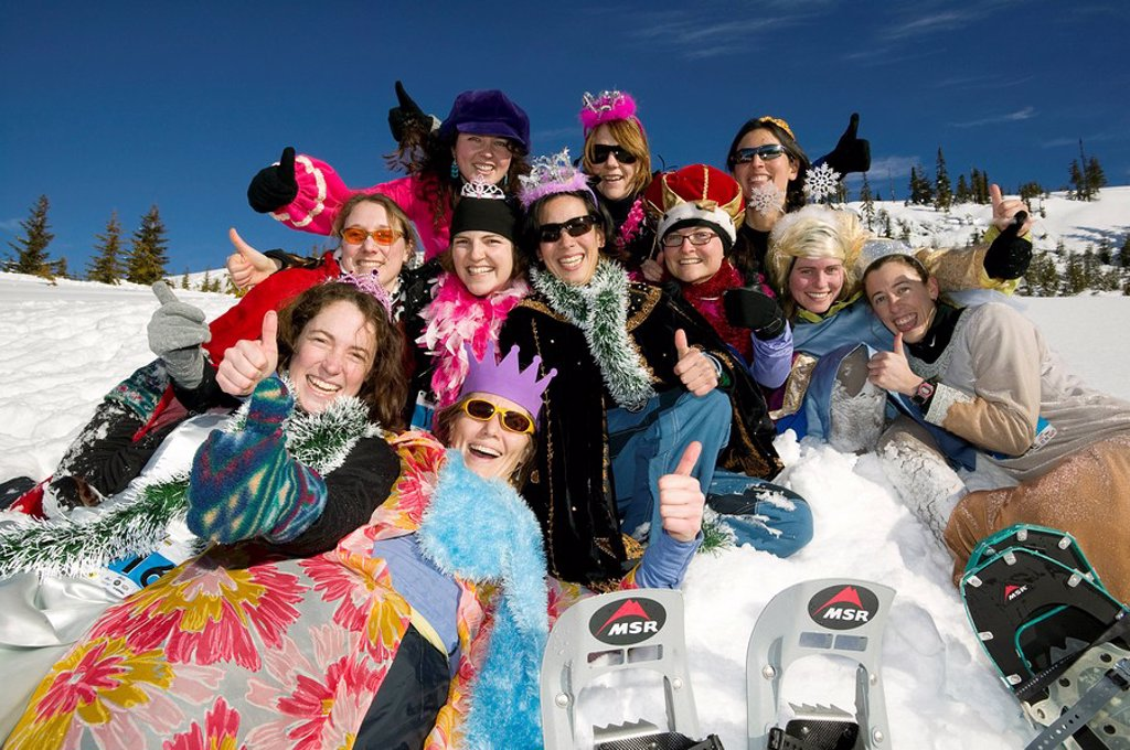 ´Snow Queens´ at the Yeti Snowshoe race held up at Mt  Washington, Courtenay, Vancouver Island, British Columbia, Canada : Stock Photo