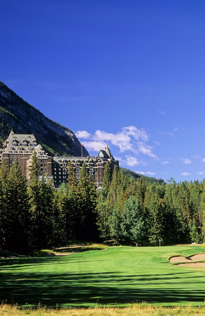 Stock Photo: 1990-1114 Banff Springs Hotel and the Banff Springs Golf Course, Banff National Park, Alberta, Canada